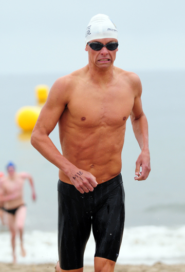 Chris Braden captured the Semana Nautica Biathlon title on Sunday.