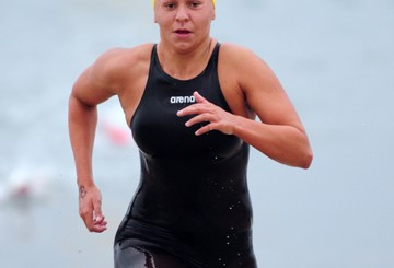 Nicole Antonuik - Semana Nautica 1-mile ocean swim