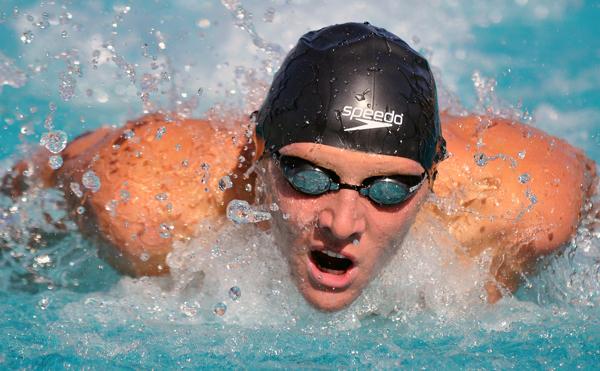 Alex Valente - Swimming