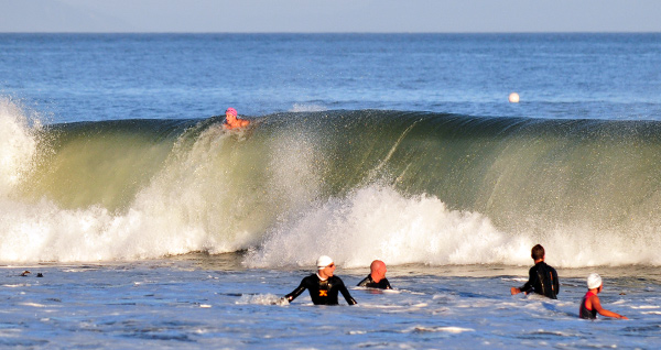Nite Moves Big Waves