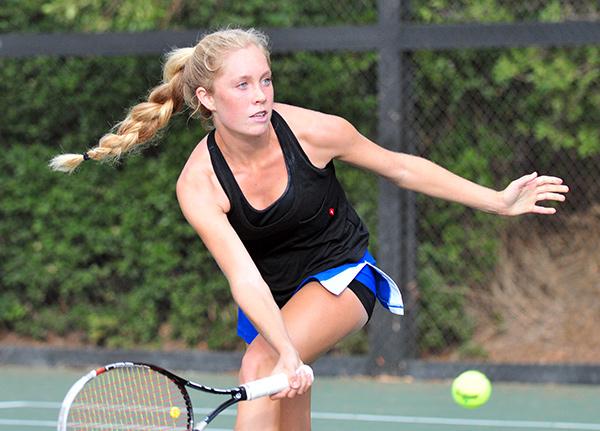 Buena's Caisey Lee Emerson returns a volley on Thursday. (Presidio Sports Photos)