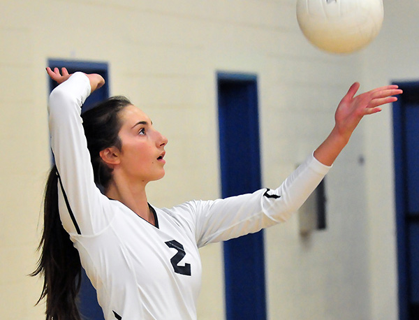 Laguna Blanca's Emily Lafitte served 18 straight points for the Owls on Saturday. (Presidio Sports Photo)