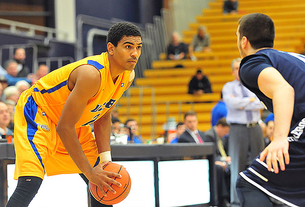 UCSB freshman Gabe Vincent, sizing up a USD defender, is the Gauchos' third-leading scorer.