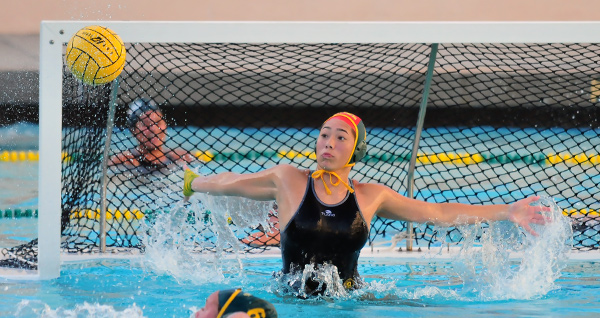 Santa Barbara's Sienna Goggia recorded 12 saves on Tuesday.