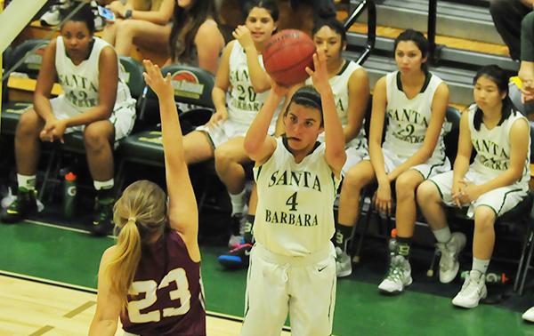 Amber Melgoza takes a shot over Sierra's Taylor Prusaitis on Wednesday. (Presidio Photo)