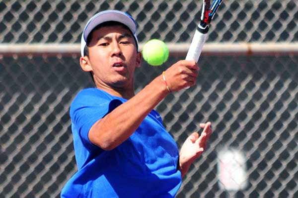 Kento Perera of San Marcos advanced out of the CIF Sectionals with a pair of straight-sets victories.