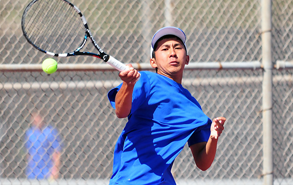 San Marcos' Kento Perera swept three sets, providing the Royals with 3 of their 4 points.