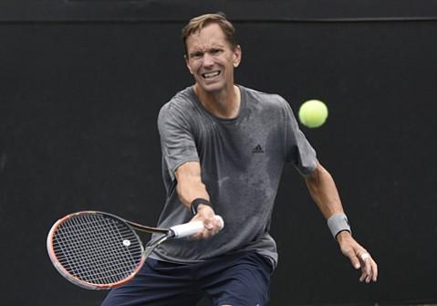 Dan Goldie - Tennis