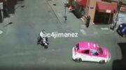Policía protege a niños en balacera