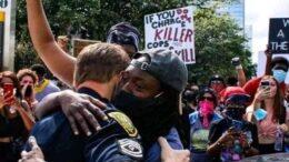 Manifestantes aceptan disculpas: Foto especial