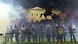 La Casa Blanca apaga sus luces tras protesta y caos
