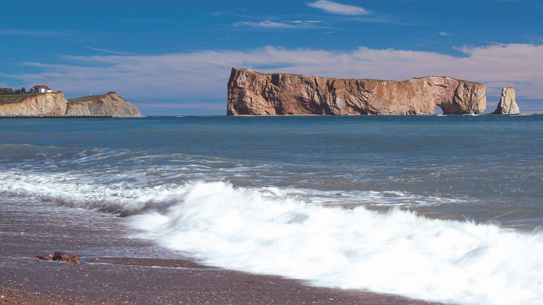 gaspesie-rocher-perce-plage