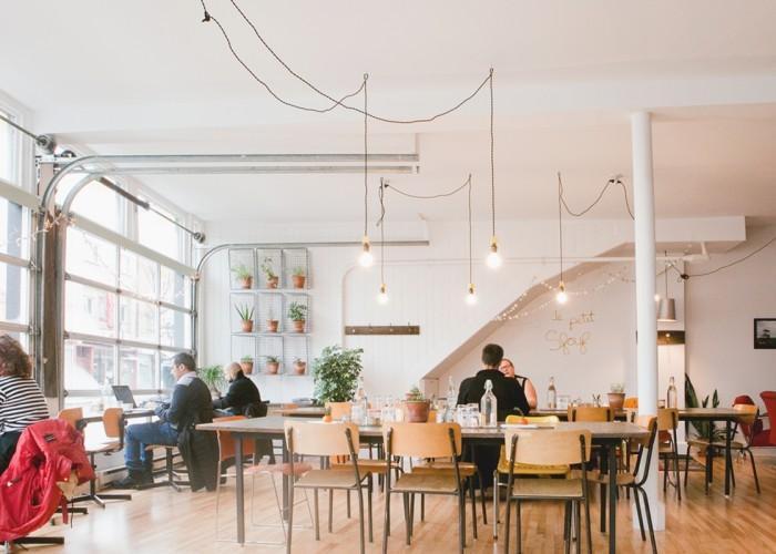 3-cafesfouf_interior-514.507.8777-700x500