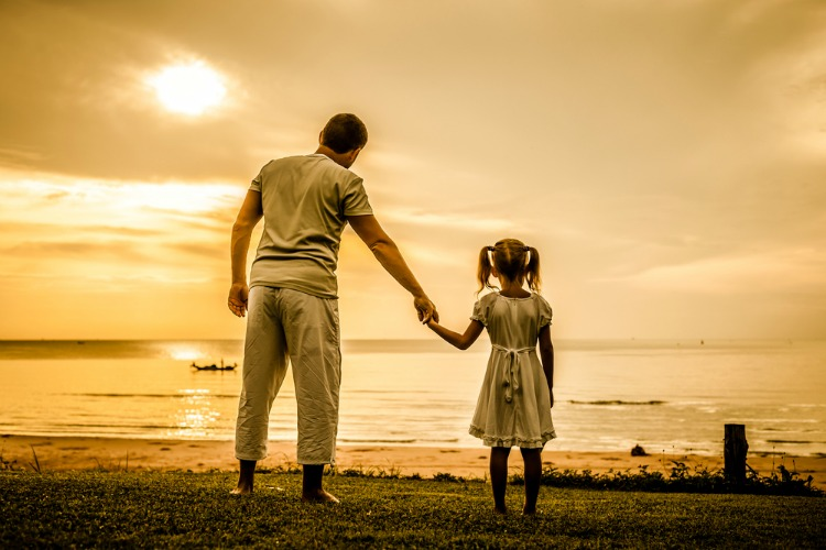 father and daughter 01