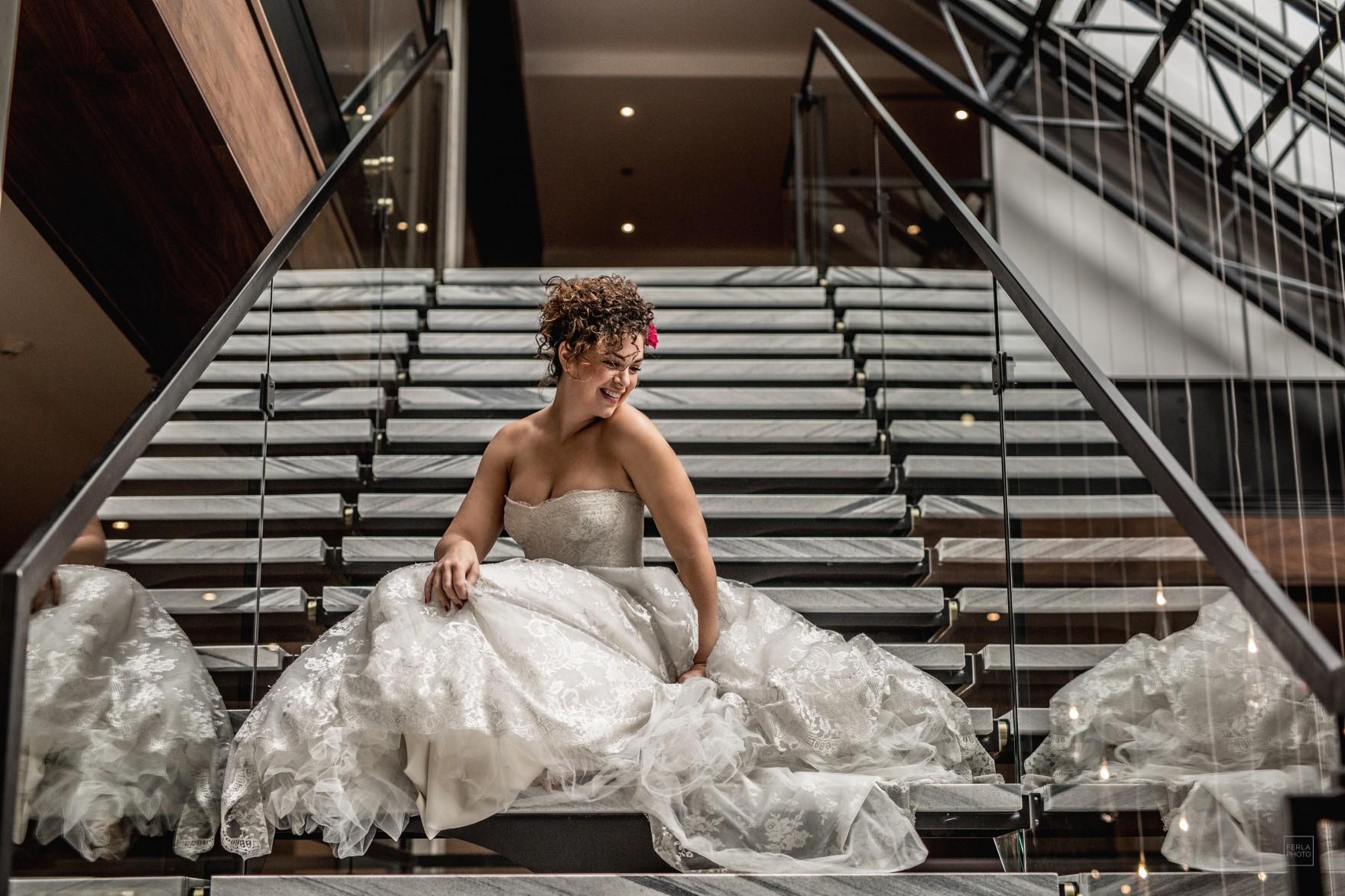 mariage-mariee-escaliers