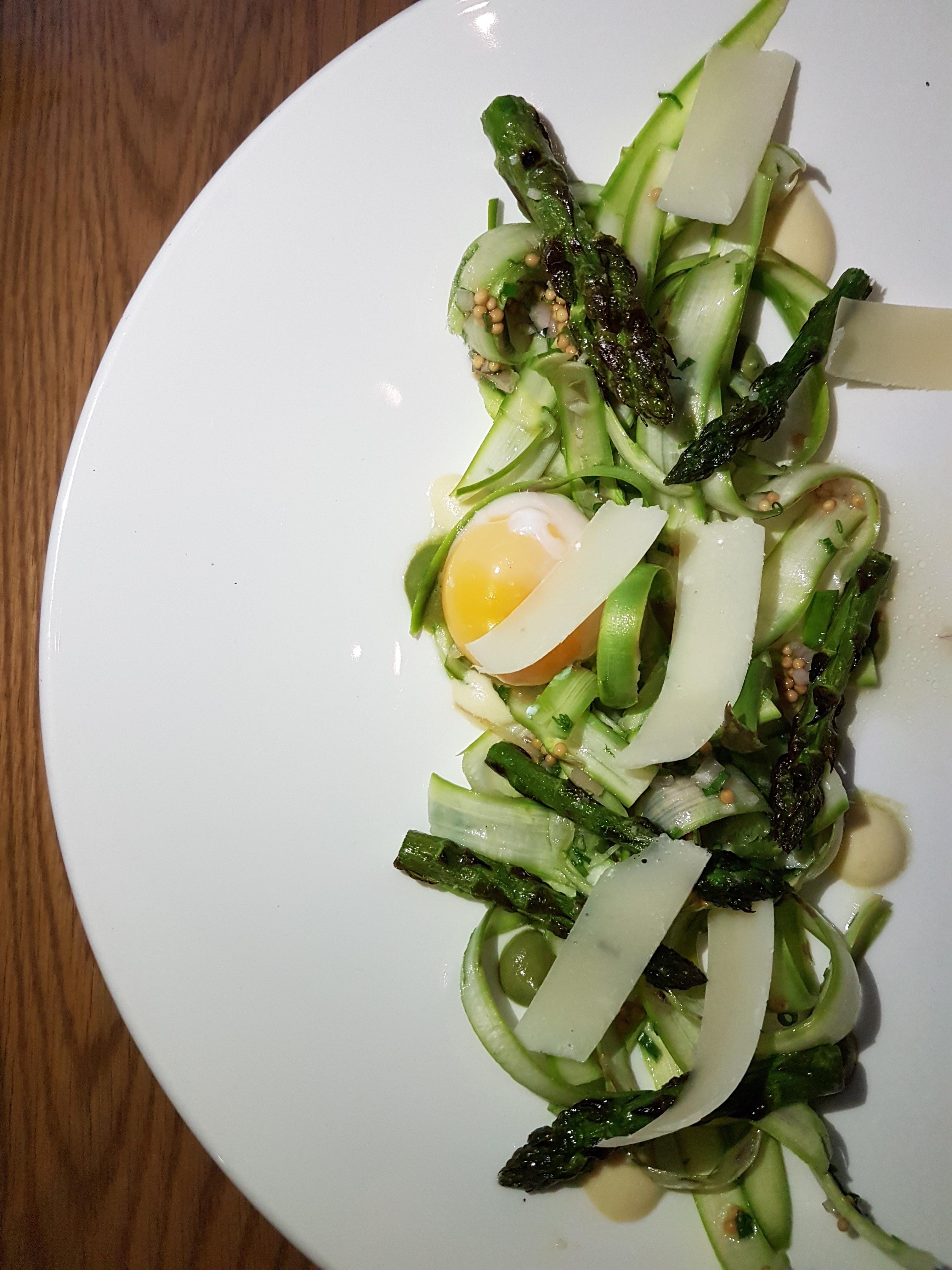 Ikanos, salade d'asperges