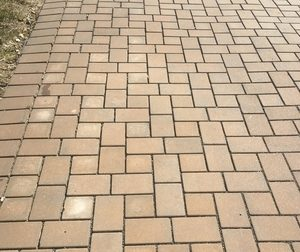 Permeable pavers driveways