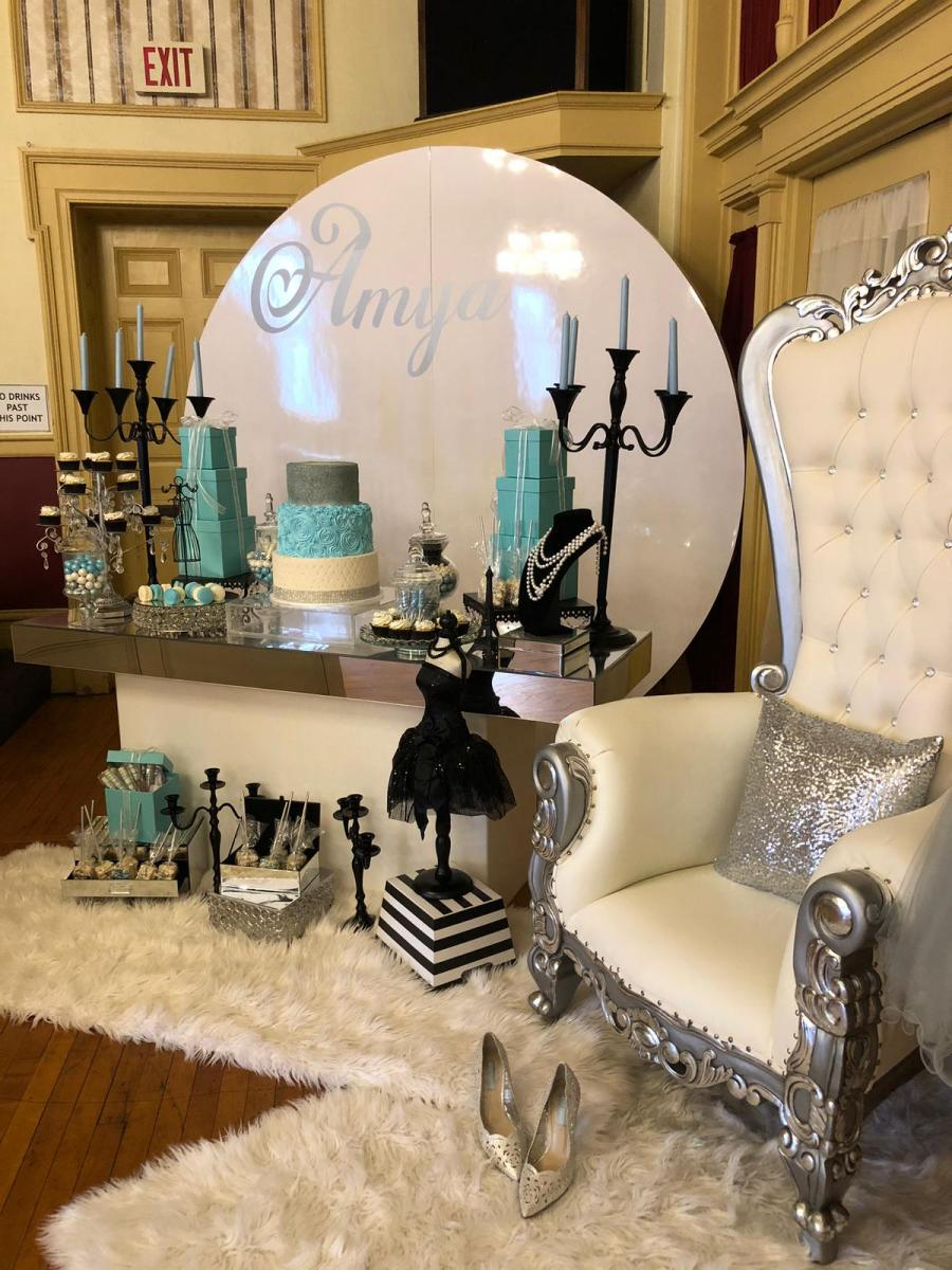 Leveled-Up-Lux-Rentals_Quince15