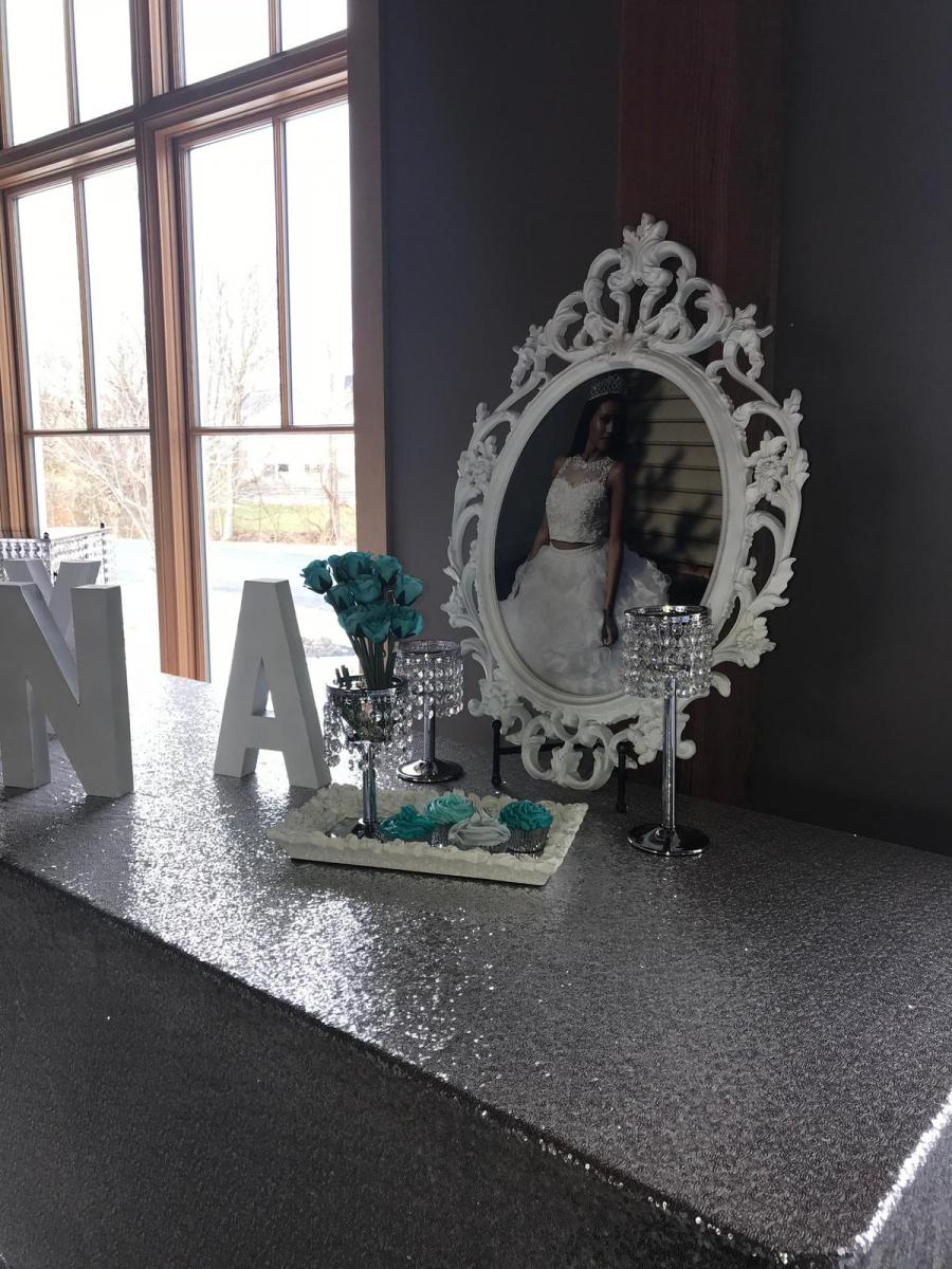 Leveled-Up-Lux-Rentals_Quince32