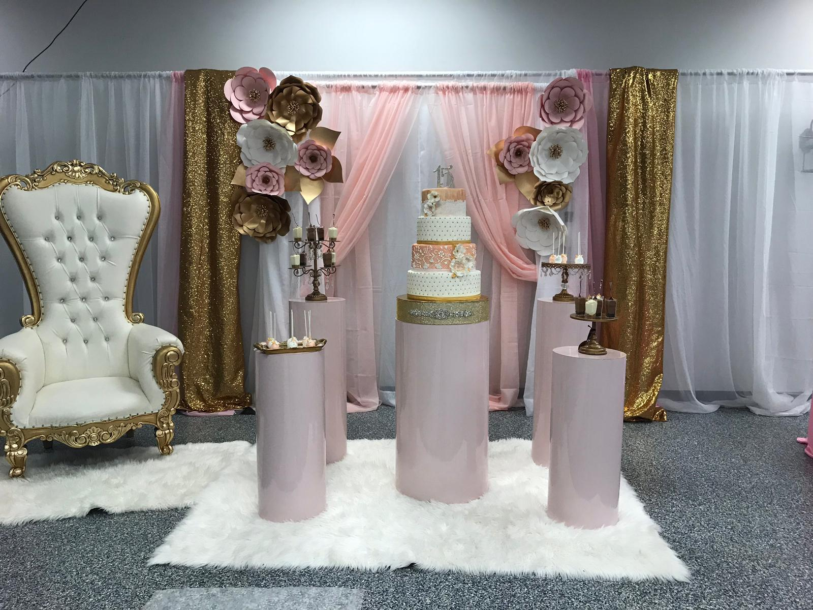 Leveled-Up-Lux-Rentals_Quince37