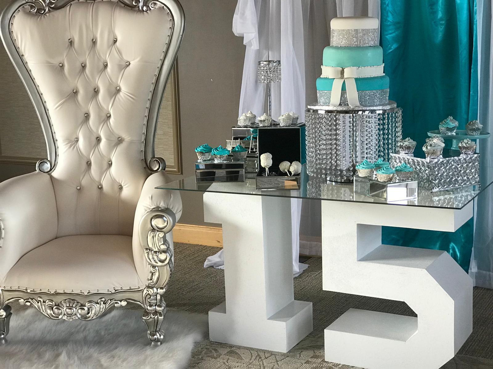 Leveled-Up-Lux-Rentals_Quince47