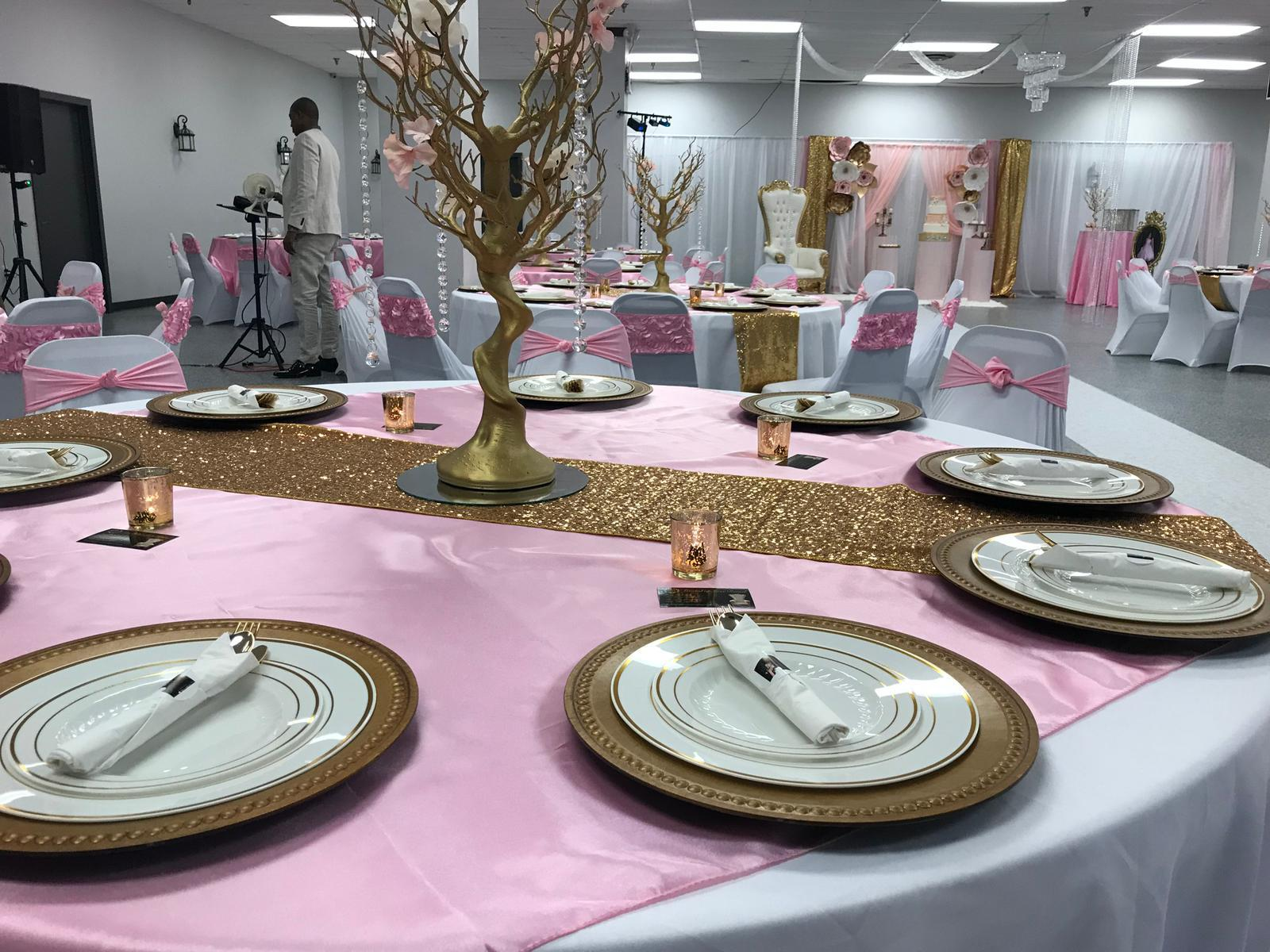 Leveled-Up-Lux-Rentals_Quince53