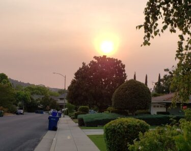 August 2021 - smoke and air quality in Los Gatos are impacted by the Caldor and Dixie fires