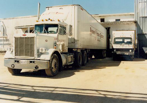 distribution-trucks