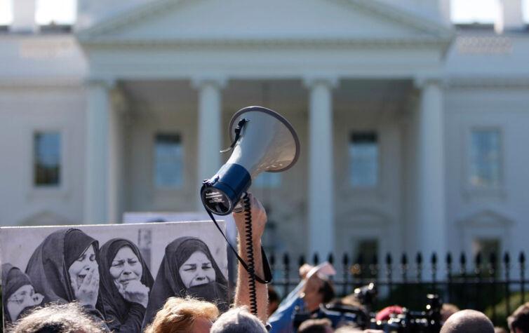anti-war-white-house-rtr-img