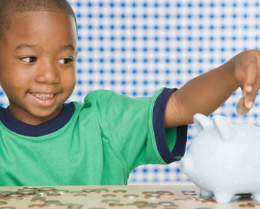 5 Ways To Teach Kids To Handle Money Earlier