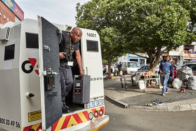 Cash-in-transit convicts who dropped cash box after it exploded to spend time in jail