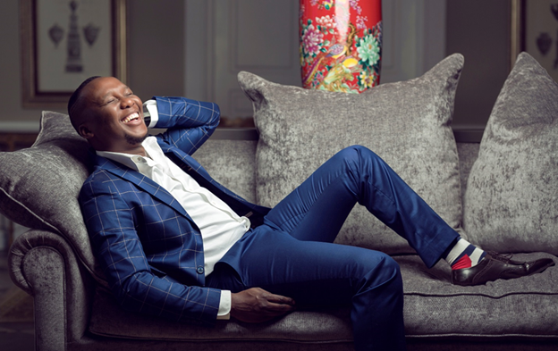 Mo Flava celebrates 3 years on The Drive with Metro FM