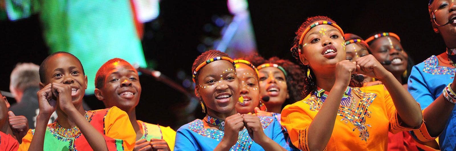 Vusi Mahlasela and Mzansi Youth Choir collaborate