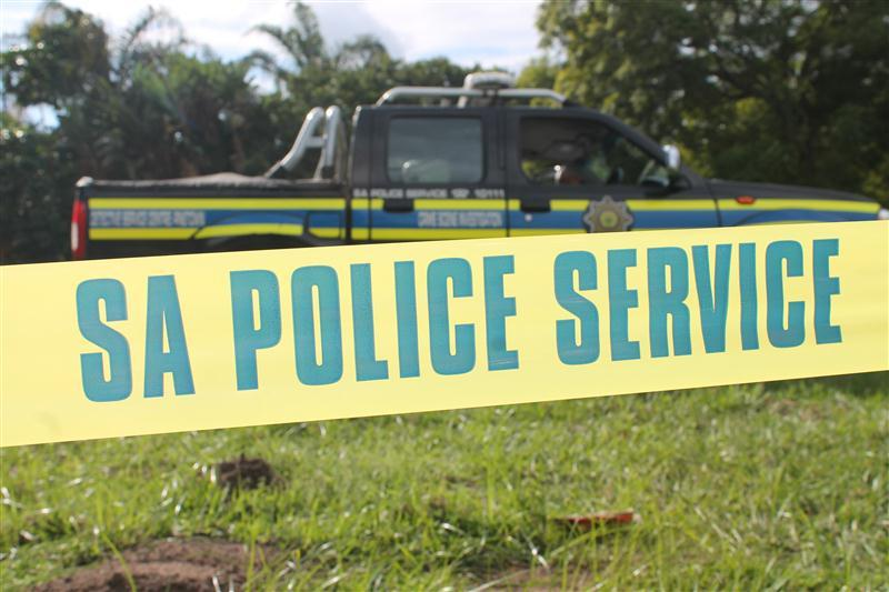 An unknown number of males robbed a fresh produce market robbed in Welkom - Free State