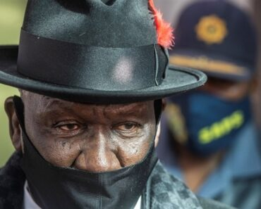 Police Minister in KwaZulu-Natal following violence and looting - KWAZULU-NATAL