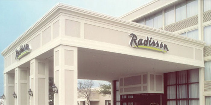 Radisson Hotel/Restaurant - Woburn, MA