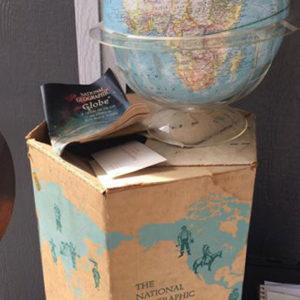 vintage nat geo globe w/geometer