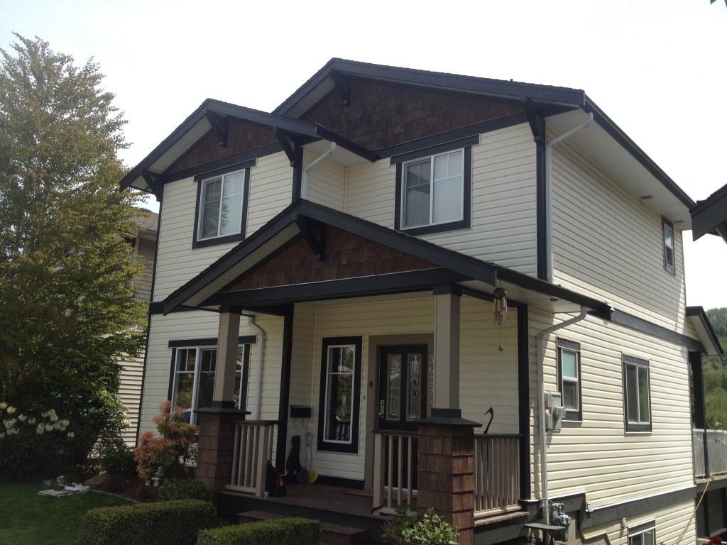 August home exterior trim repaint in Abbotsford, BC