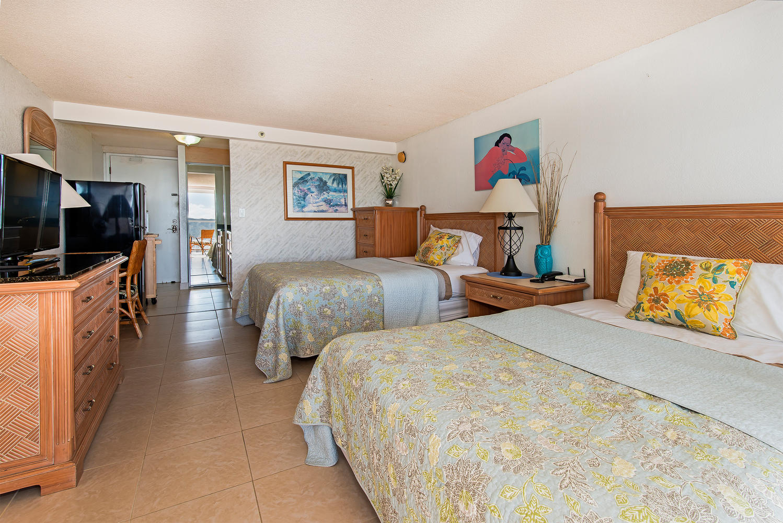 Island Colony 43rd Floor-large-008-8-04-1499x1000-72dpi
