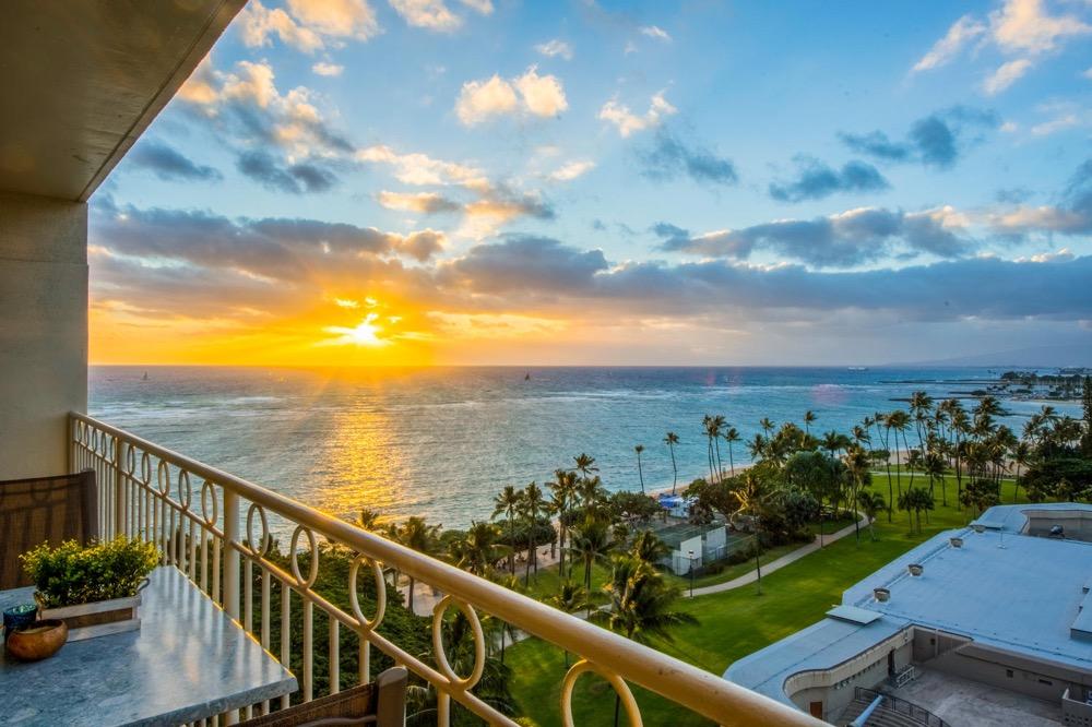Waikiki Shore – 11th Floor (1Bed)