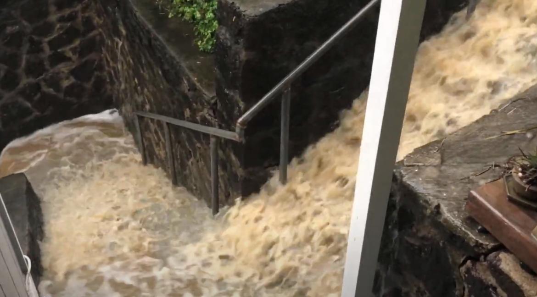 Flash Flood!!! Hawaii