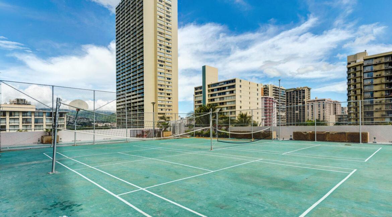 2240 Kuhio Ave Unit APT 3106-019-009-RecGames02-MLS_Size