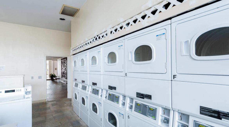 2240 Kuhio Ave Unit APT 3106-025-013-RecLaundry-MLS_Size