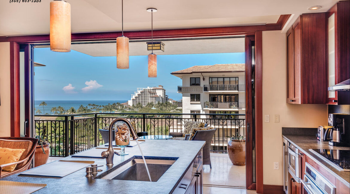 92104 Waialii Pl Kapolei HI-large-015-Kitchen View-1500x972-72dpi
