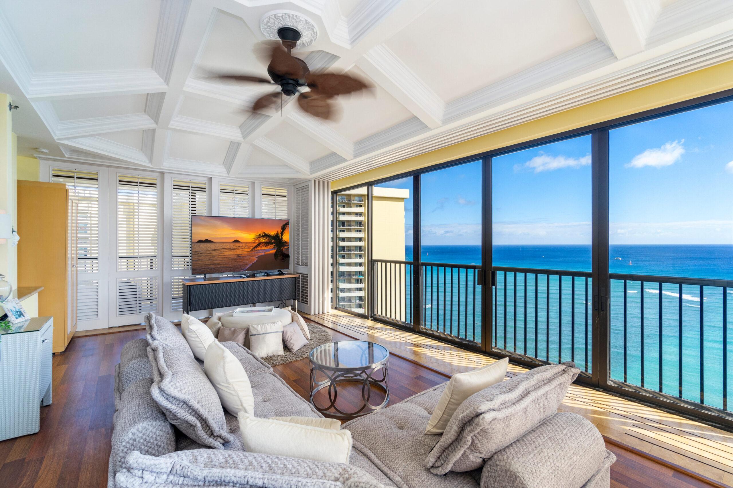 Ocean Views Penthouse Suite (2Bed)