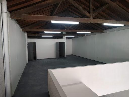 Bodega comercial Almacentro 2