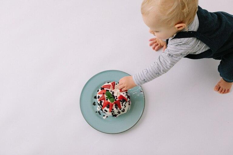 Duncraig Cake Smash Photographer