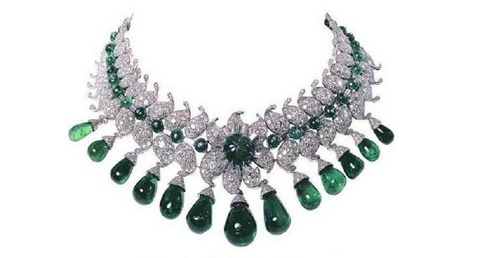 Van Cleef & Arpels Emerald and Diamond Necklace