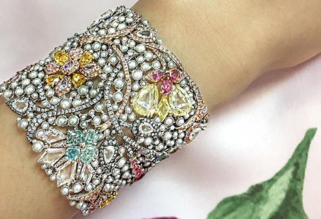 The Boghossian 'Manuscript' Colored Diamond Bracelet