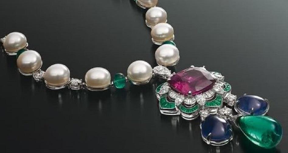 Gorgeous Bulgari Necklace